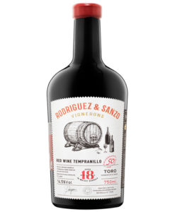 Rodriguez-Sanzo-whisky-barrel-wine-bottle